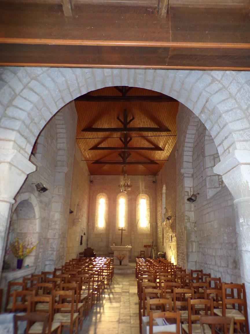 Houlette - L'église Saint-Martin - Vue de l'entrée (20 août 2018)