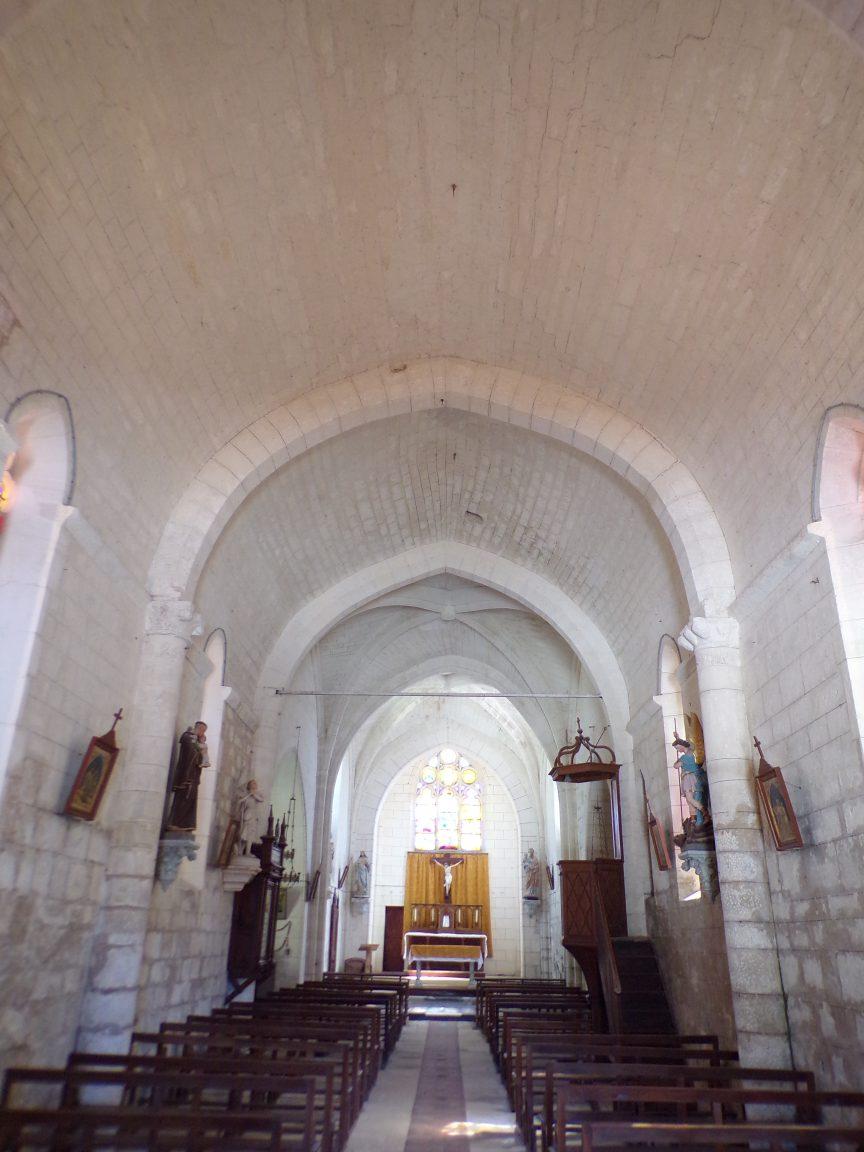 Mareuil - L'église Notre-Dame - Vue de l'entrée (21 août 2018)