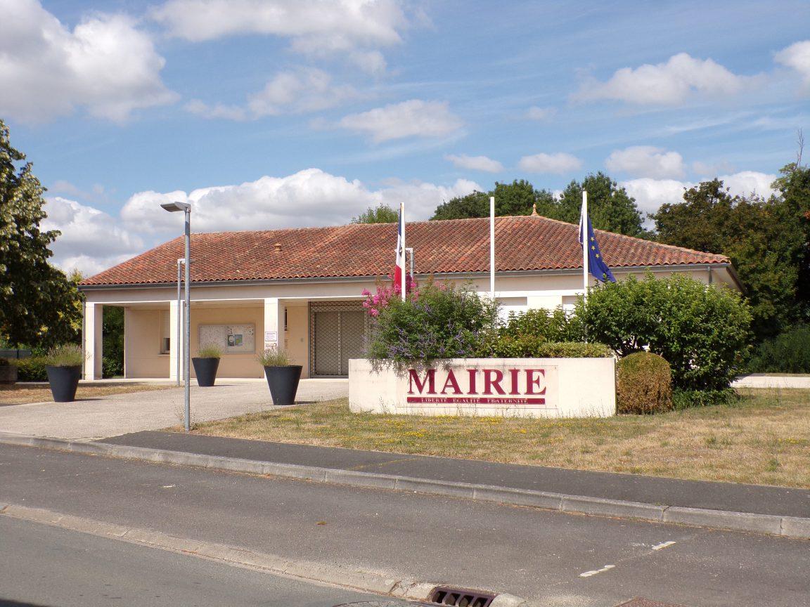 Nercillac - La mairie (30 juillet 2018)