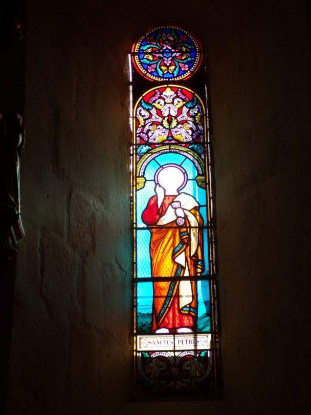 Mesnac - L'église Saint-Pierre - Le vitrail 'Sanctus Auzonius' (16 septembre 2018)