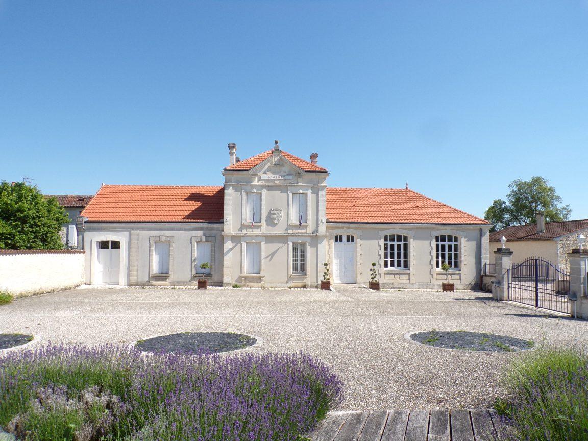 Bourg-Charente - La mairie (2 juin 2019)