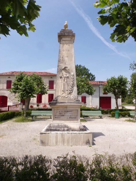 Bréville - Le monument aux morts (24 juin 2019)