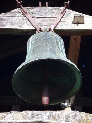 Mesnac - La cloche de l'église Saint-Pierre (29 juin 2019)