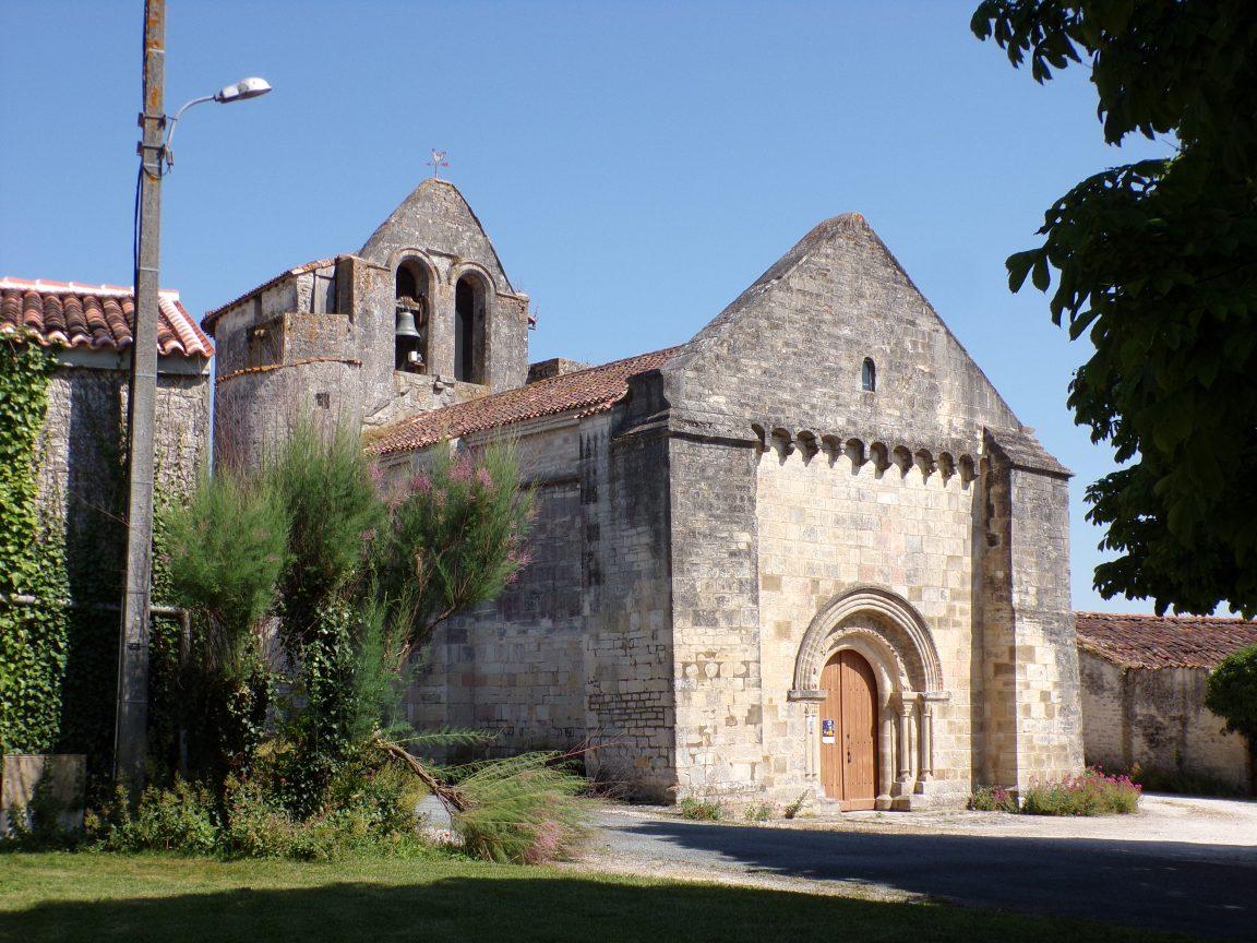 Brie-sous-Matha - L'église Saint-Pierre (3 juillet 2019)