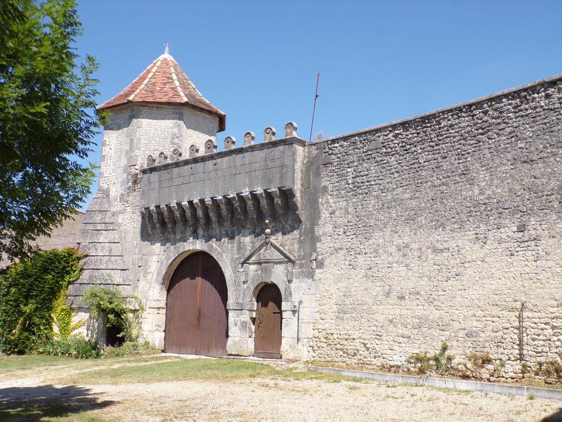 Juillac-le-Coq - Le Château (16 juillet 2019)
