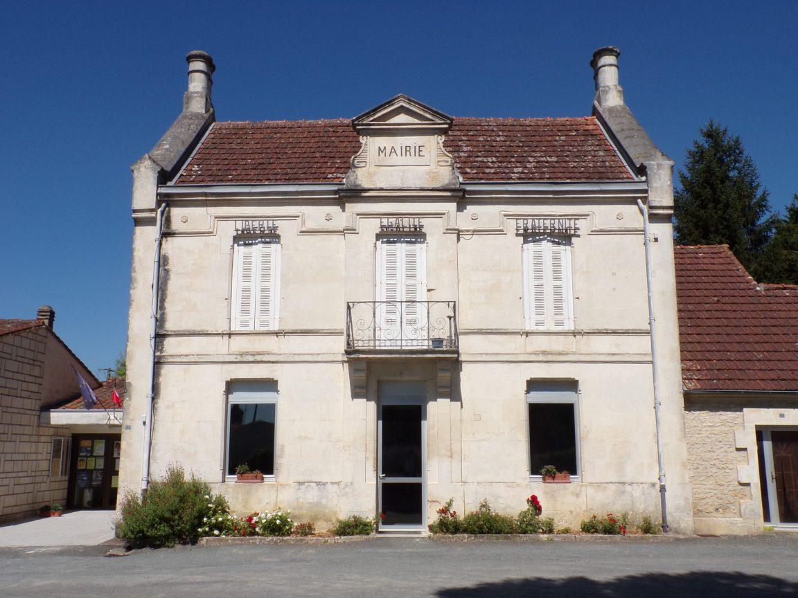 Migron - La mairie (14 juillet 2019)