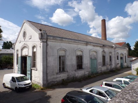 Boulevard Oscar Planat, Centrale thermique, puis compagnie du gaz, puis magasin de commerce Leclerc, actuellement usine de peinture Martin D. S.A. (13 août 2019)