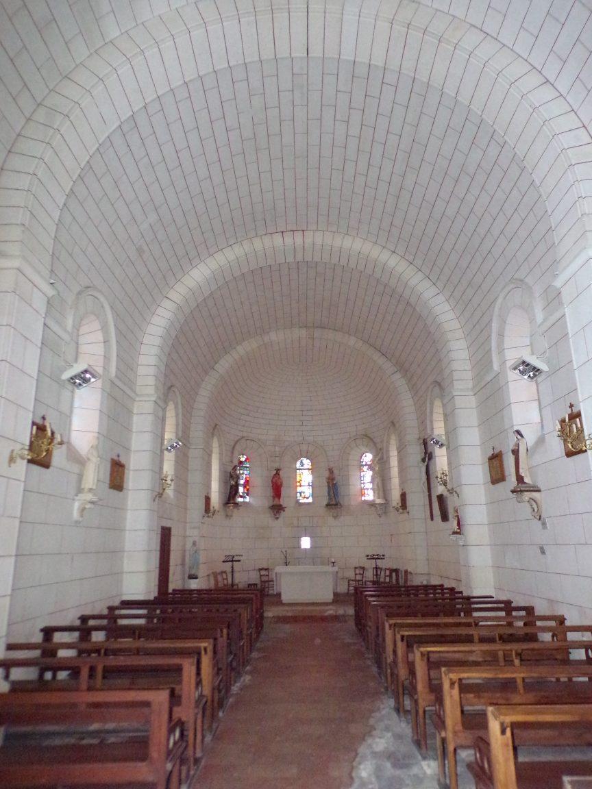 Gondeville - L'église Notre-Dame - Vue de la porte d'entrée (21 septembre 2019)