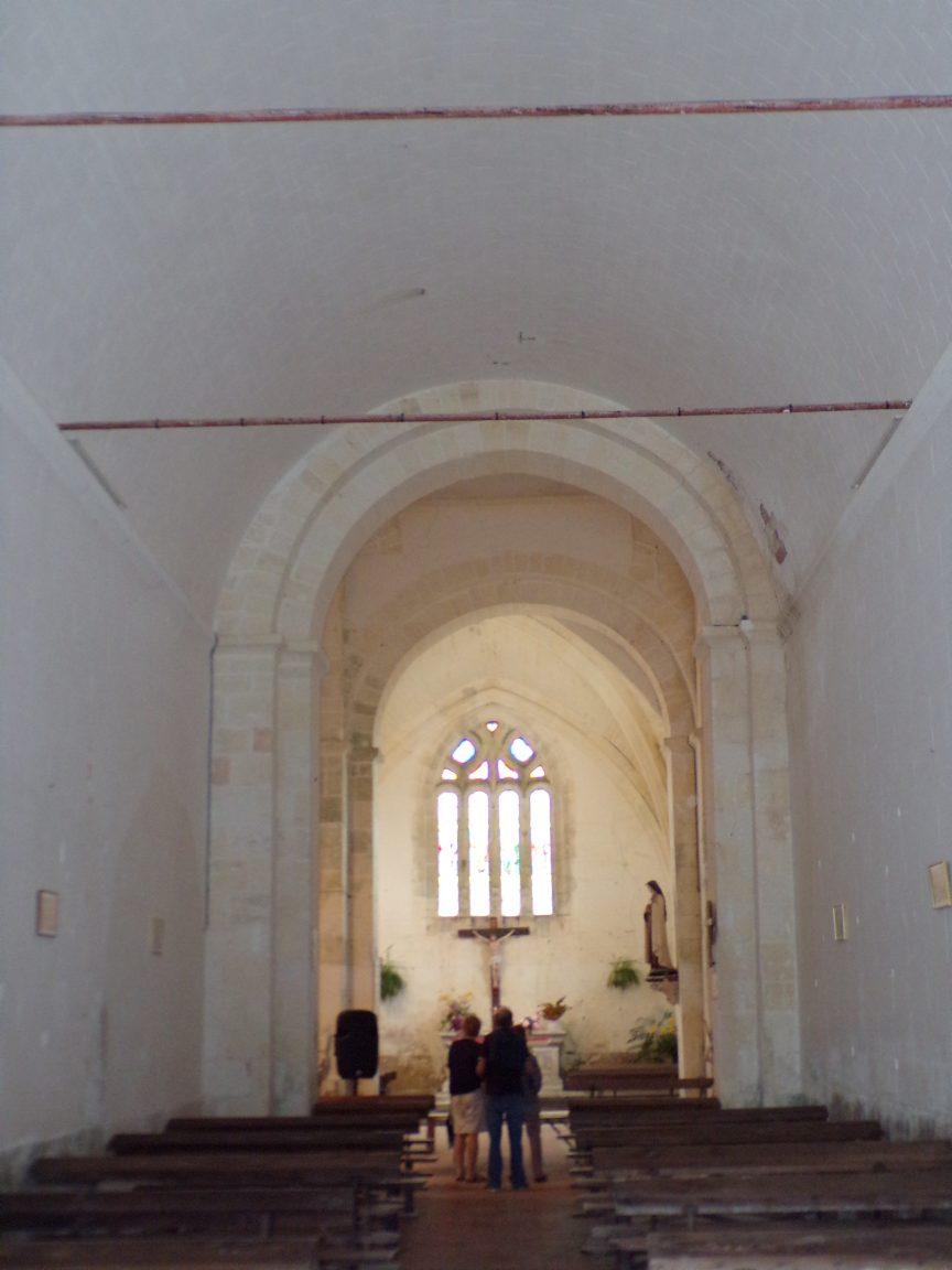 Ambleville - L'église Saint-Pierre - Vue de la porte d'entréae (21 septembre 2019)