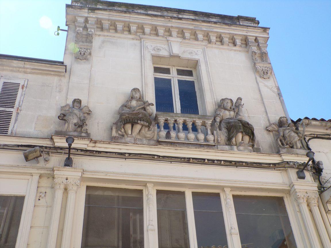 Maison de commerce (15 rue d'Angoulême) (13 août 2016)