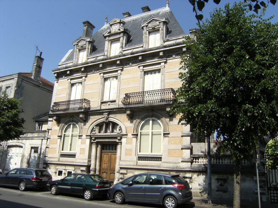 Hôtel particulier (10, bd Denfert-Rochereau) (mai 2015)