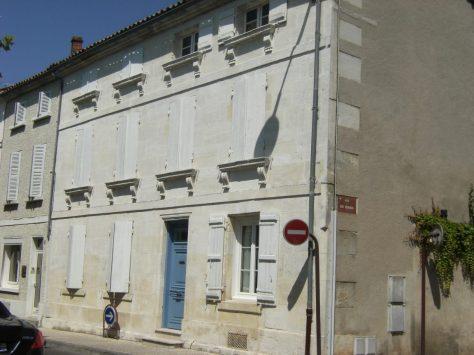 Maison, 26 place Jean Monnet (15 juillet 2015)