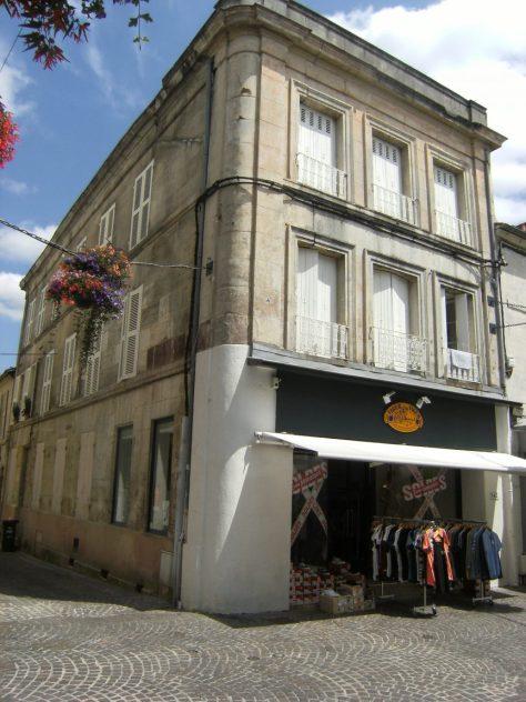 Maison, 60 rue d'Angoulême (21 juillet 2015)