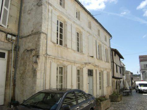 Maison du 18ème siècle (mai 2015)