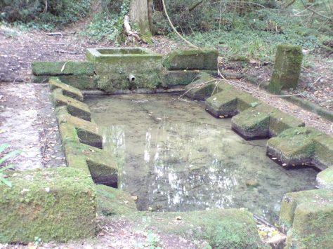 Cherves-Richemont - La Fontaine de Font Noblet (4 septembre 2016)