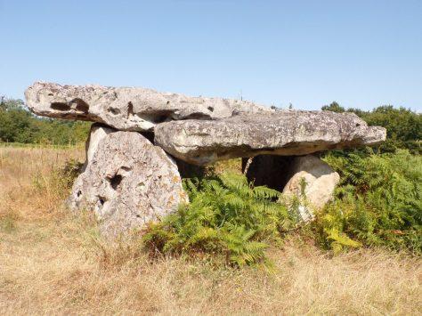 Saint-Brice - Le dolmen de Garde-épée (15 août 2016)