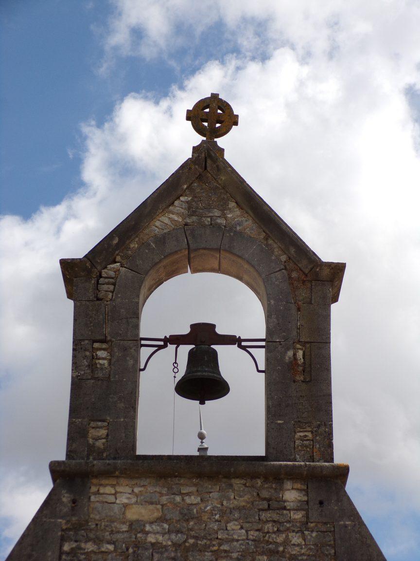 Luchac - La chapelle - La cloche (8 juin 2020)