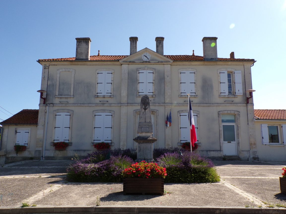 Vibrac - La mairie (22 juin 2020)