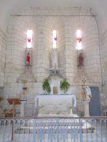 Salles d'Angles - La Chapelle des Templiers - L'autel (30 juin 2020)