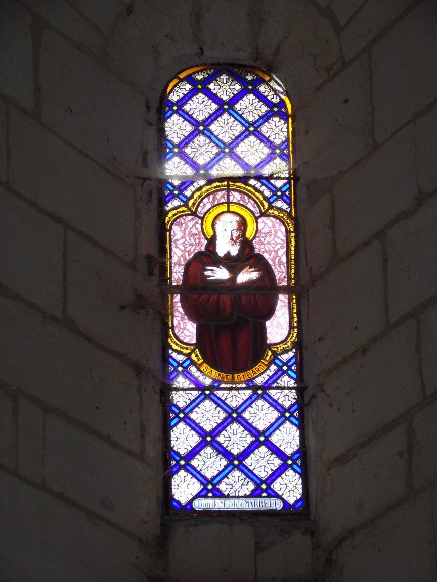 Salles d'Angles - La Chapelle des Templiers - Le vitrail 'Saint Cybard' - Don de Mr l'abbé Marbeuf (30 juin 2020)