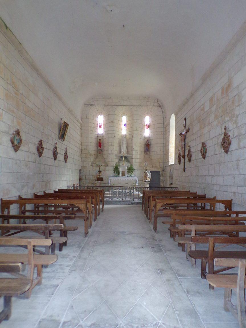 Salles d'Angles - La Chapelle des Templiers - Vue de l'entrée (30 juin 2020)