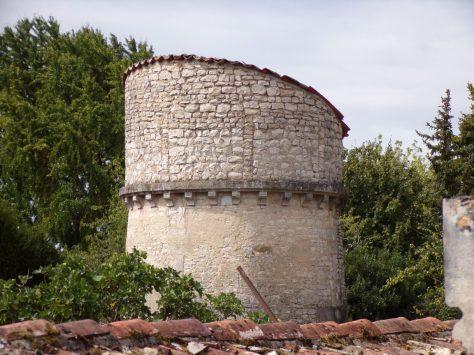 Jarnac - Tour à côté du cimetière (19 août 2020)