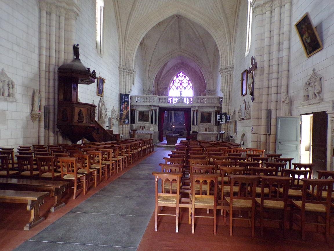 Bassac - L'abbaye Saint-Etienne - Vue de l'entrée (18 août 2016)
