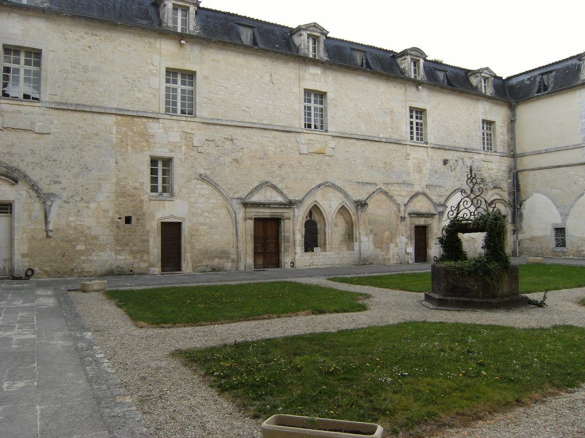Bassac - L'abbaye Saint-Etienne (7 avril 2012)