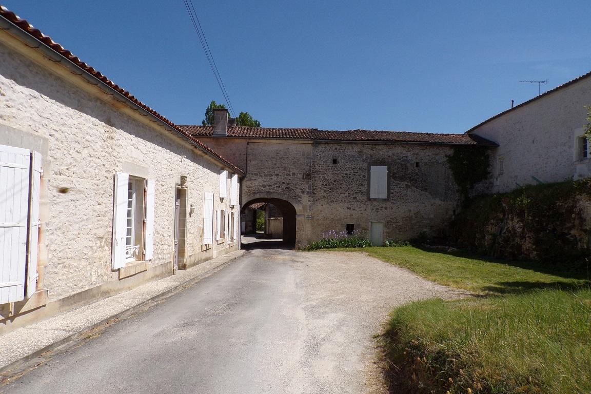 Bourg-Charente - Le moulin - Impasse des Moulins (24 avril 2017)