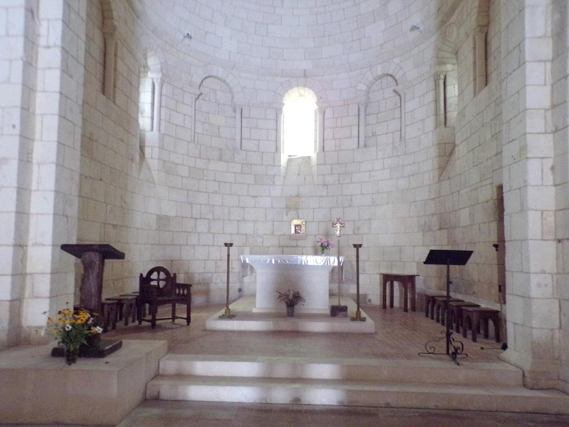 Bourg-Charente - L'église Saint Jean Baptiste - L'autel (18 août 2016)