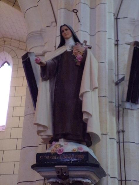 Genté - L'église Saint-Médard - Sainte Thérèse de l'Enfant Jésus (18 septembre 2016)