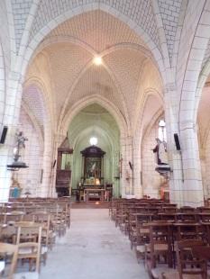 Genté - L'église Saint-Médard - Vue de l'entrée (18 septembre 2016)