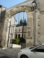 Chai (Chais de Vieillissement) dits Chais Godard, puis E. Foucaud, puis Salignac, actuellement Hennessy et Cie (21 août 2015)