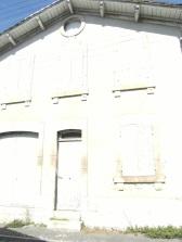 Chai de réserve Denis Henry Mounié, actuellement Rémy Martin - 8 rue de Constantine (20 août 2015)