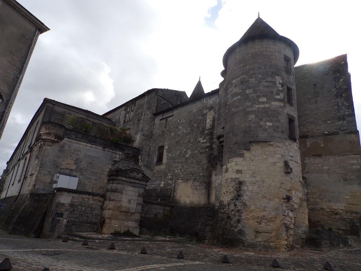Château de Cognac - boulevard Denfert-Rochereau (20 août 2016)