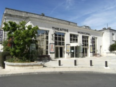 Château d'Eau, Théâtre (12 juillet 2015)