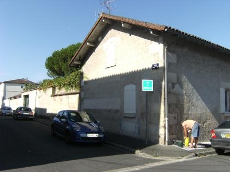 Distillerie dite Maison de Commerce Ch. Jobit et Cie, puis Calvet, actuellement Cognac Gaston Roussel (3 septembre 2015)