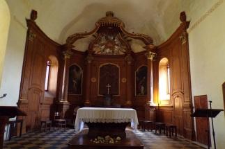 Cherves-Richemont - L'église Saint-Vivien - L'autel (3 avril 2017)