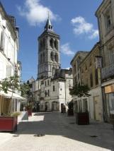 rue Aristide Briand - L'église Saint Léger (27 mars 2015)