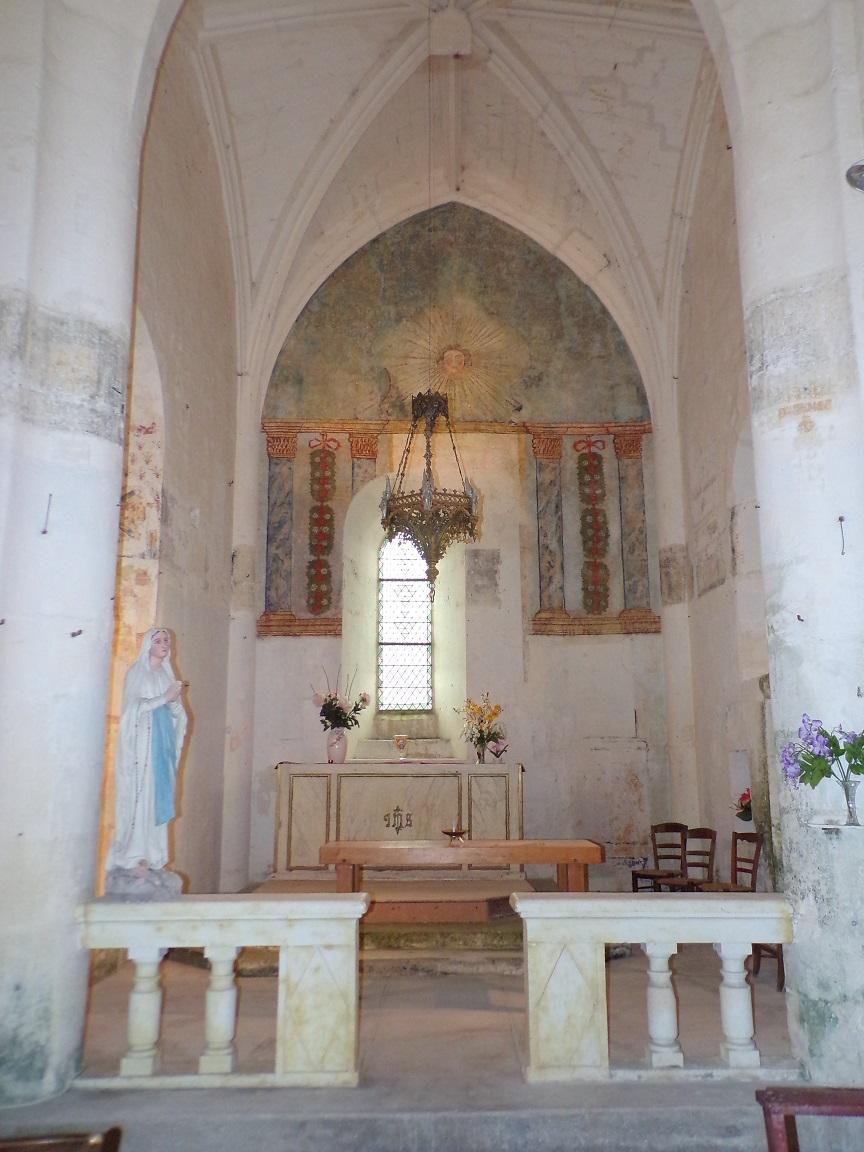 Graves-Saint-Amant - L'église Saint-Martin - L'autel (21 septembre 2019)
