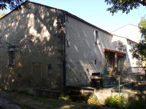 Gensac-la-Pallue - Le moulin au Gouffre (15 août 2016)