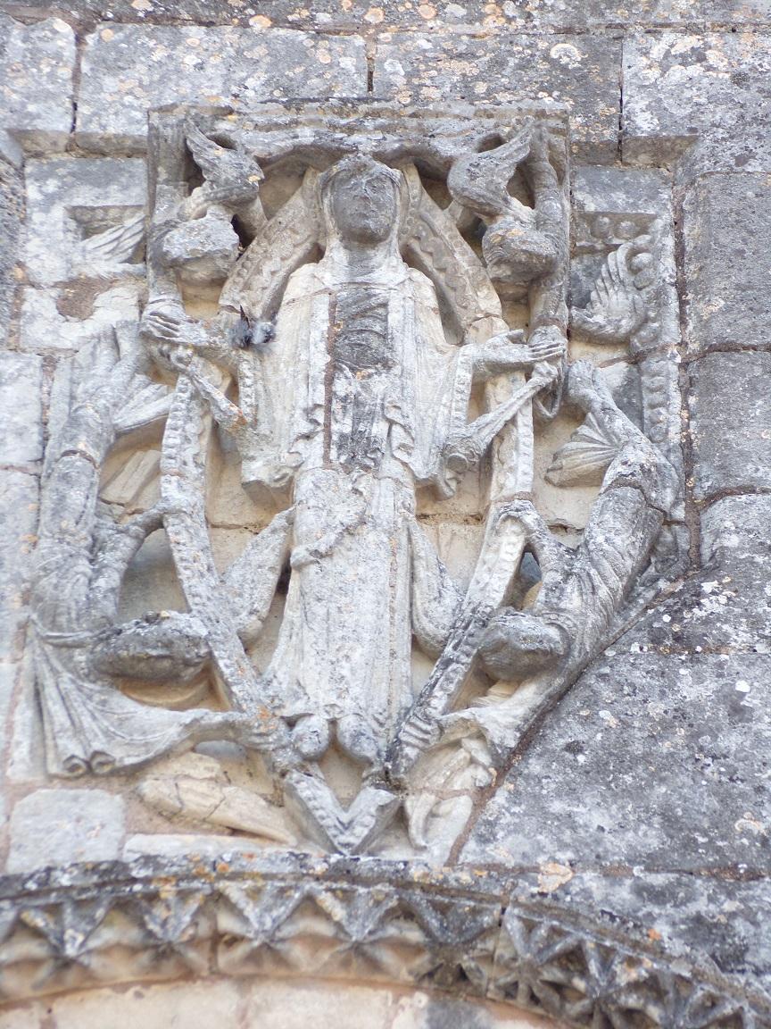 Gensac-la-Pallue - L'église Saint-Martin - La Vierge orante de l'église (15 août 2016)