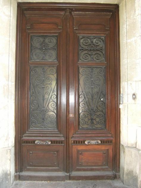 Hôtel, 2 rue Saint-Joseph (17 juillet 2015)