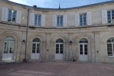 Hôtel dit Villa François 1er, élévation sur cour de ces communs (11 mars 2017)