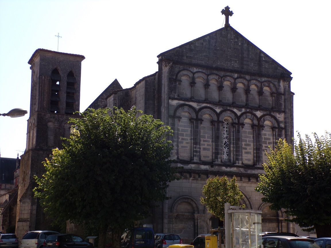 Jarnac - L'église Saint-Pierre (21 septembre 2016)