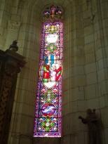 Lonzac - L'église Notre-Dame - Un vitrail (8 juillet 2018)