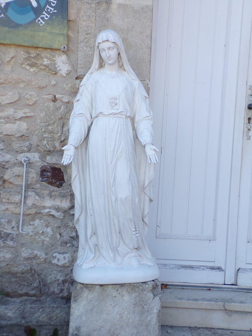 Cherves-Richemont - La communauté Saint Jean (3 septembre 2016)