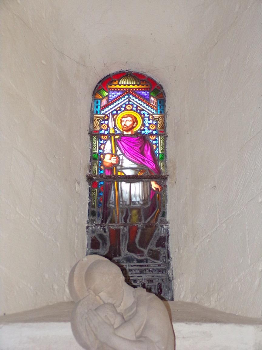 Cherves-Richemont - L'église Saint-Georges - Un vitrail (18 septembre 2016)