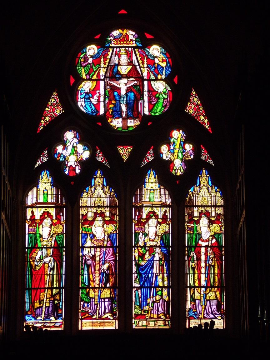 rue Aristide Briand - L'église Saint-Léger - Des vitraux (19 avril 2019)