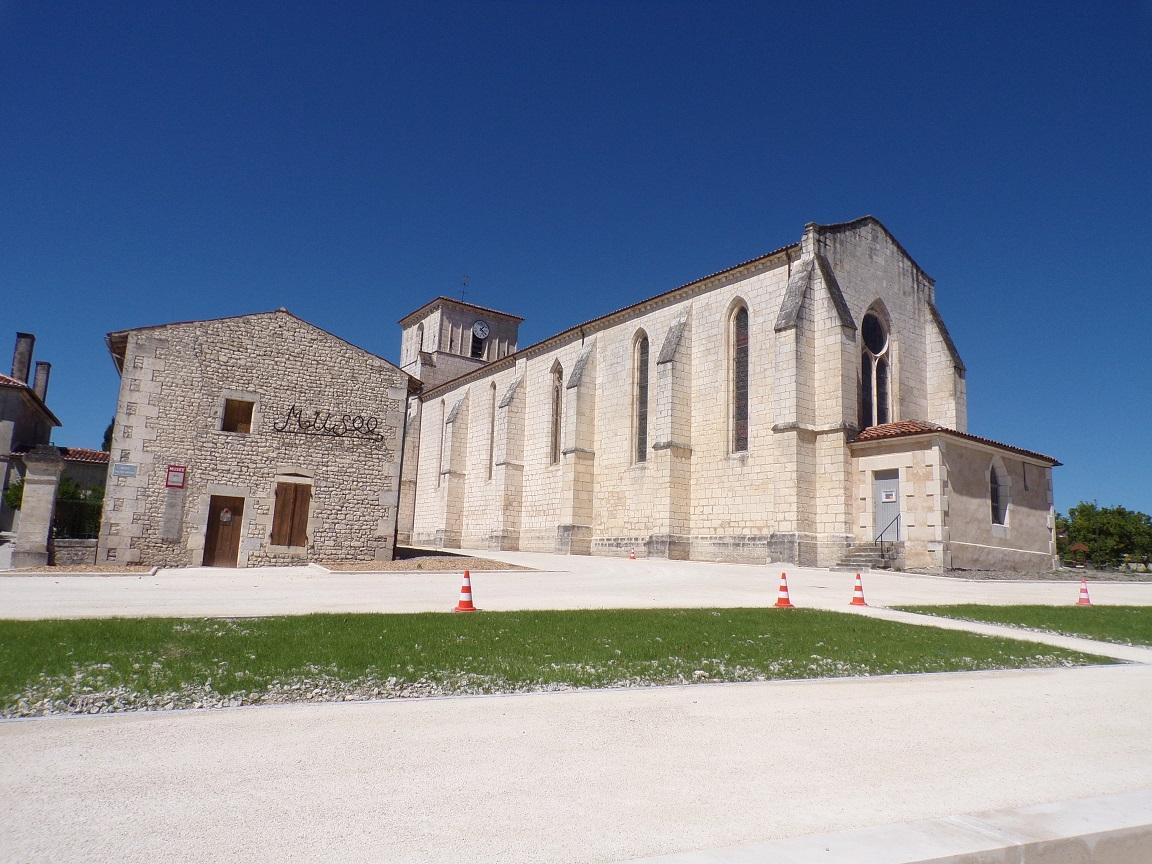 Salles d'Angles - L'église Saint-Maurice (22 août 2016)